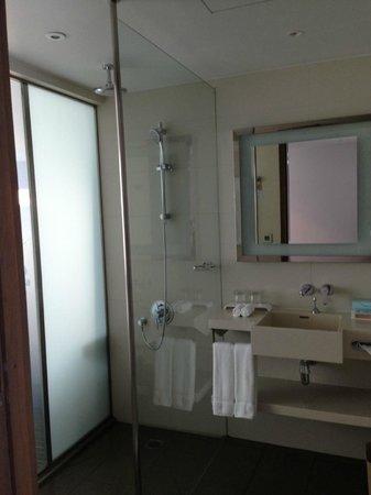 Novotel Saigon Centre Hotel: bathroom