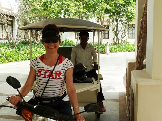 Royal Angkor Resort & Spa: Mr Sokha having a break