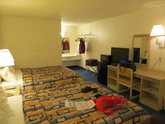 Rodeway Inn Silver City: bedroom