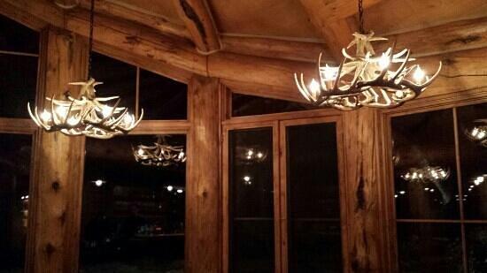 Pine Creek Cookhouse: Antler lights