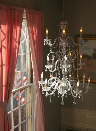 Balance Rock Inn: Grand Staircase Chandelier
