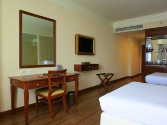 The Emerald Hotel : deluxe twin room