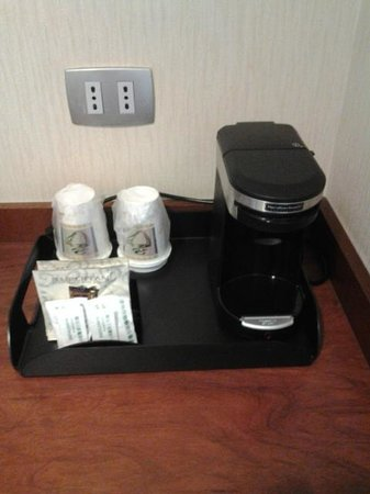 Holiday Inn Santiago Airport: free in-room coffee