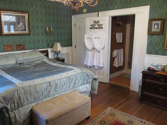 Melange Bed and Breakfast : Emerald Room