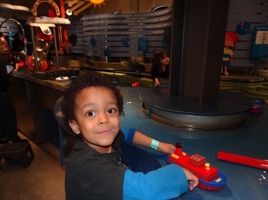 National Mississippi River Museum & Aquarium: The kid's area