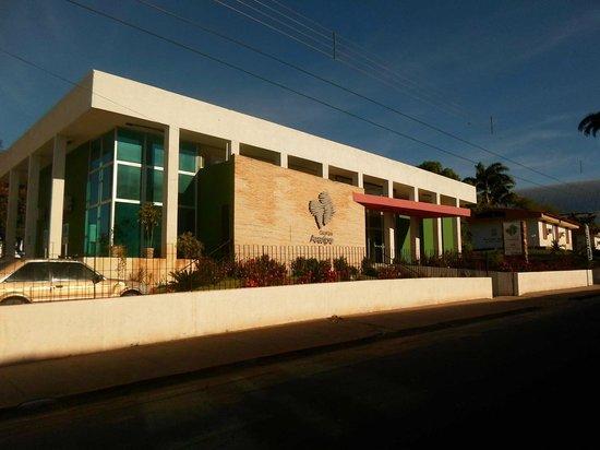 Fachada da sede do Geopark Araripe, no Crato