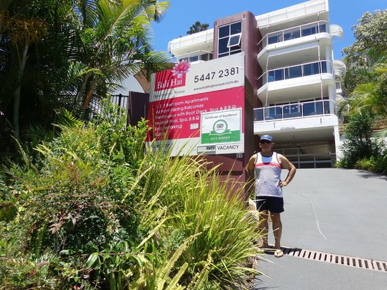 Bali Hai Apartments Noosa: Dad