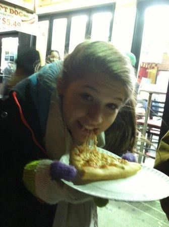 99 Cent Fresh Pizza: happy, happy, happy
