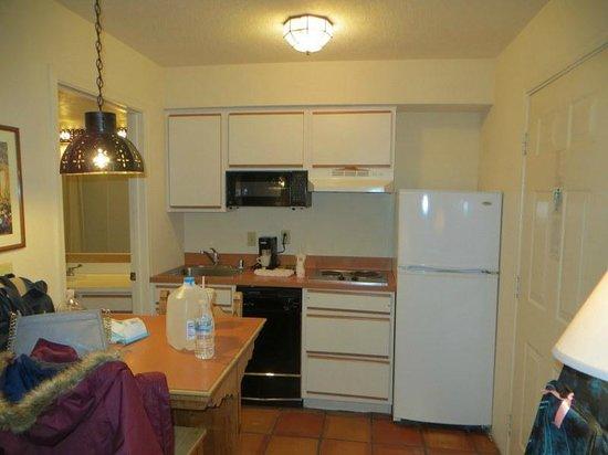 The Santa Fe Suites: kitchen area