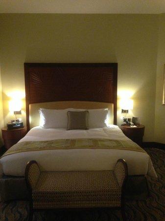 Sofitel Dubai Jumeirah Beach: Schlafzimmer Prestige Suite
