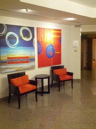 Arabian Park Hotel: Lobby on floor