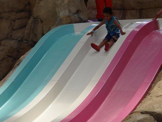 CoCo Key Water Resort: Fast, little waterslides