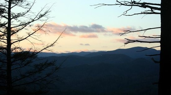 Leatherwood Mountains : Westward view from cabin front porch swing
