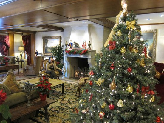 Ayres Hotel Laguna Woods: Well-decorated lobby