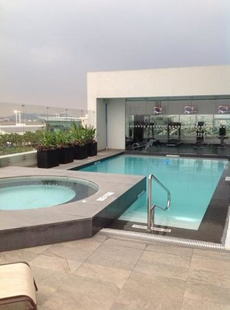 Holiday Inn Guayaquil Airport: pool
