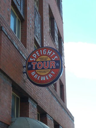Headfirst Travel - Day Tours: Speights Brewery