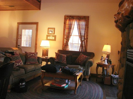 ‪‪Stoutsville‬, ‪Missouri‬: Great Room of the Lodge at Mark Twain Lake‬