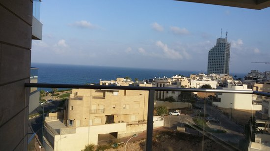 Ramada Hotel and Suites Netanya: view from balcony