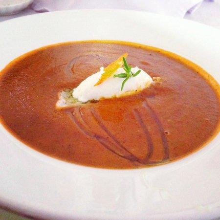 Monniche Restaurant: Best darn smokey tomato bisque on the planet