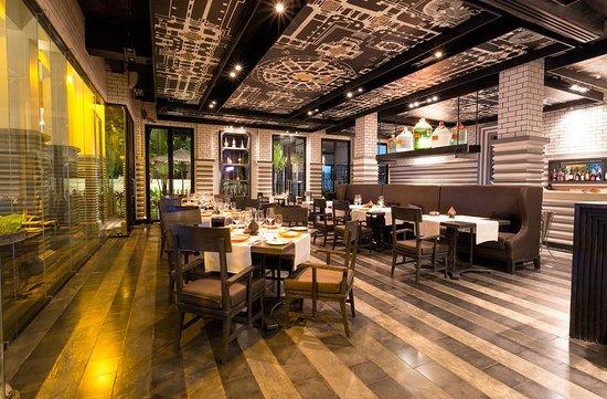 Shinta Mani Club : Kroya restaurant at the club