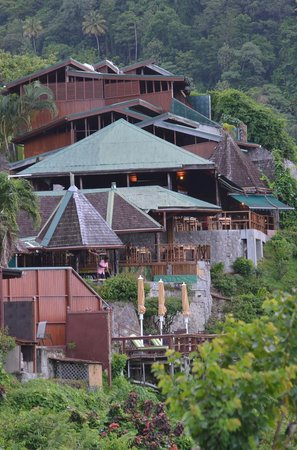 Ladera Resort: the hotel is on a mountain ridge