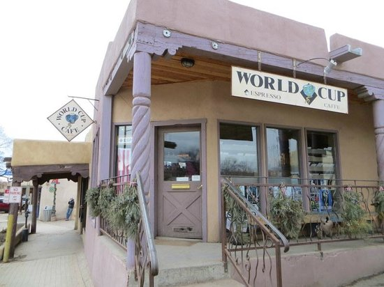 World Cup Cafe : Store front