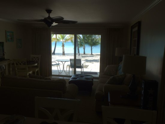 White Sands Beach Condominiums: Standing in the kitchen, looking through the bar & living room