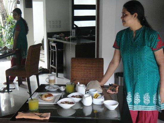 The Amala: Breakfast in our villa
