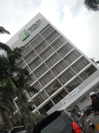 Holiday Inn Resort Penang: Exterior of Hotel