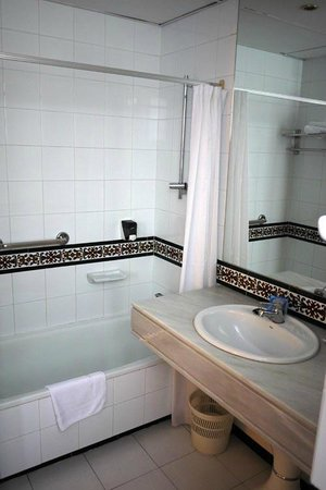 Hostal Navas 14: toilet