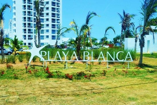 Hotel Playa Blanca Beach Resort: Entrada