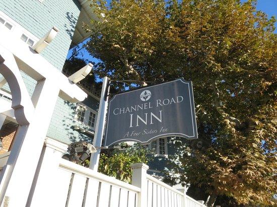 Channel Road Inn - A Four Sisters Inn: 看板