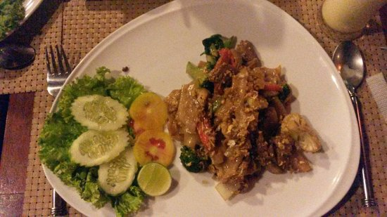 Aonang Princeville Resort: Dinner from White Orchid Restaurant