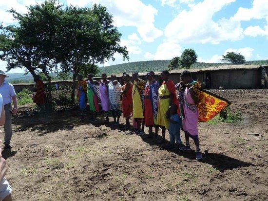 Sentrim Mara: Masai Tanzvorführung