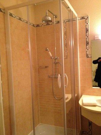 Hotel Restaurant Baryton: bagno