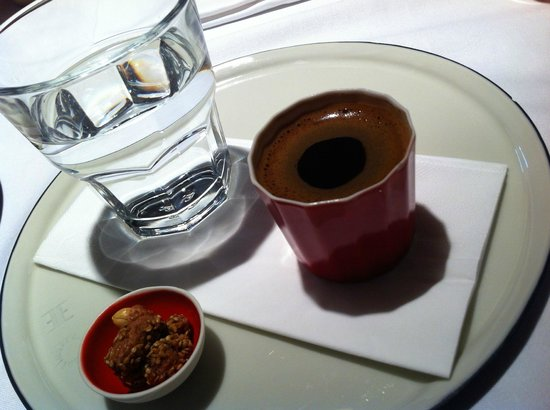 Witt Istanbul Suites: Turkish coffee after breakfast