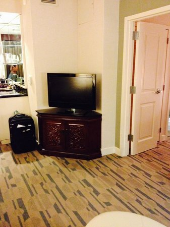Hilton San Antonio Hill Country Hotel & Spa : TV in Suite Living Room. (Too Small for Living Room TV in my opinion)