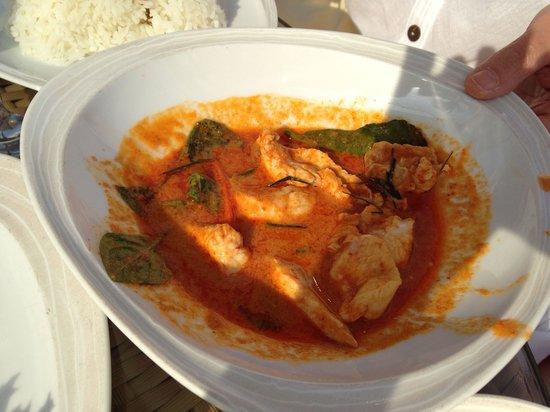 Sheraton Hua Hin Resort & Spa: Luna Lanai beach bar: red curry. It's fantastic