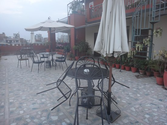 Hotel Norbu Linka : Vue de la terrasse