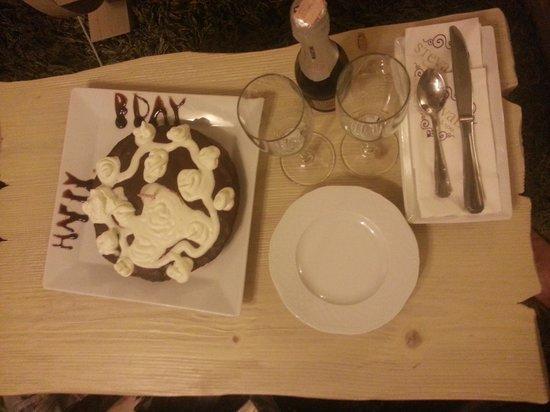 Stevalia Hotel & Spa: το κερασμα του υπεροχου ξενοδοχειου για τα γεννεθλια μου. .