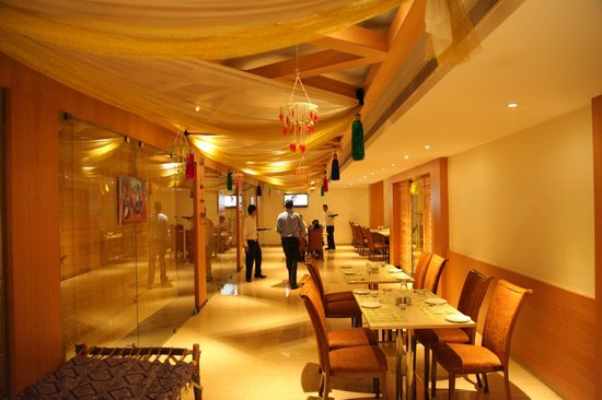 Golden Park Hotel: Green Apple - Restaurant