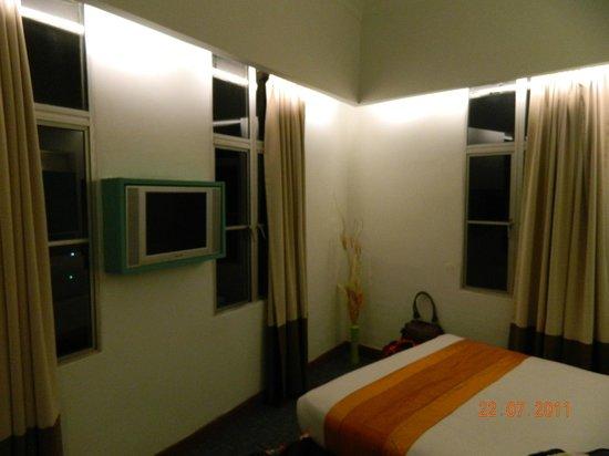 Citin Seacare Hotel Pudu Kuala Lumpur: Small Windows