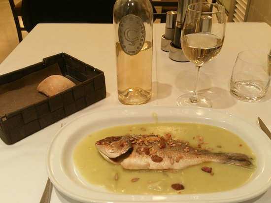 Class Valls: Nice fish for dinner - The second course of the dinner menu