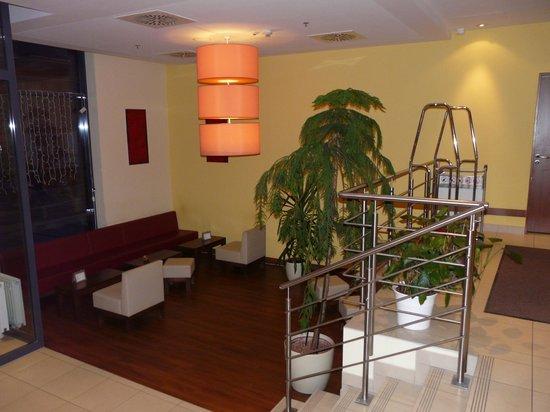 Star Inn Hotel Budapest Centrum, by Comfort: Bereich bei der Rezeption