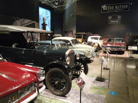 Museum of Transport and Technology : car
