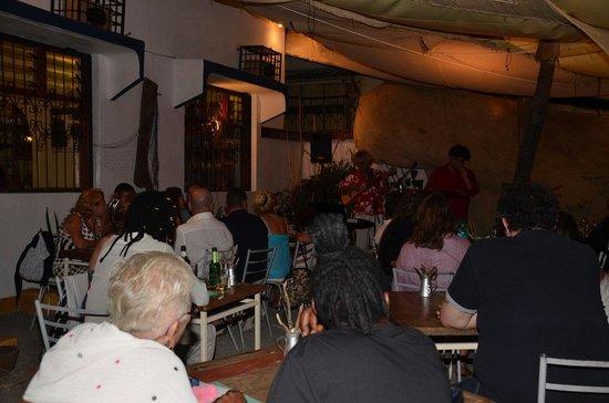 Jahazi Bar & Restaurant: Tutti i giovedì cabaret malindino!