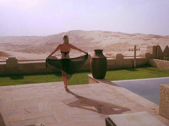 Qasr Al Sarab Desert Resort by Anantara: grandiose Aussicht von Pool Villa