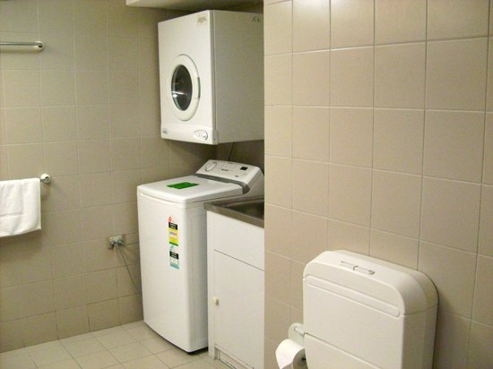 Silver Sands Resort: Laundry Area