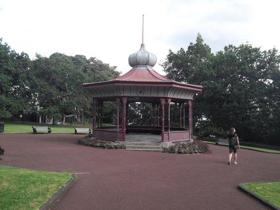 Albert Park: pavillion