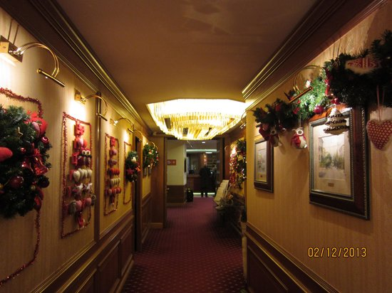 Lugano Dante Center Swiss Quality Hotel: Новогодние украшения